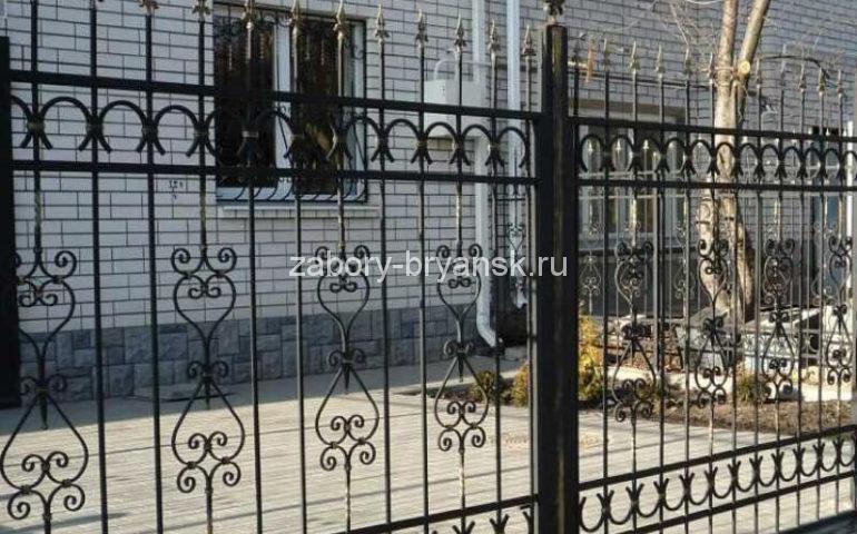 забор металлопрофиль ковка