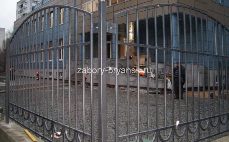 забор из профтрубы в Брянске